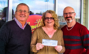 (L to R): Norman Picton, Bay Treasure Chest; Sherry Piercey, Winner; and, Tony VanNorden, Owner of Smitty's in Upper Tantallon
