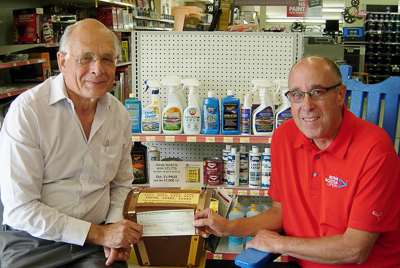 Sept. 28 winner Mark Martin (R) and Fred Dolbel (L), Bay Treasure Chest volunteer